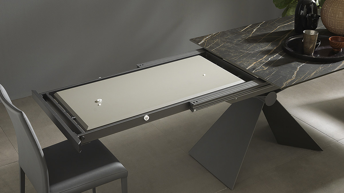 tavolo-allungabile-Sintesi-base-metallo-Altacom-5