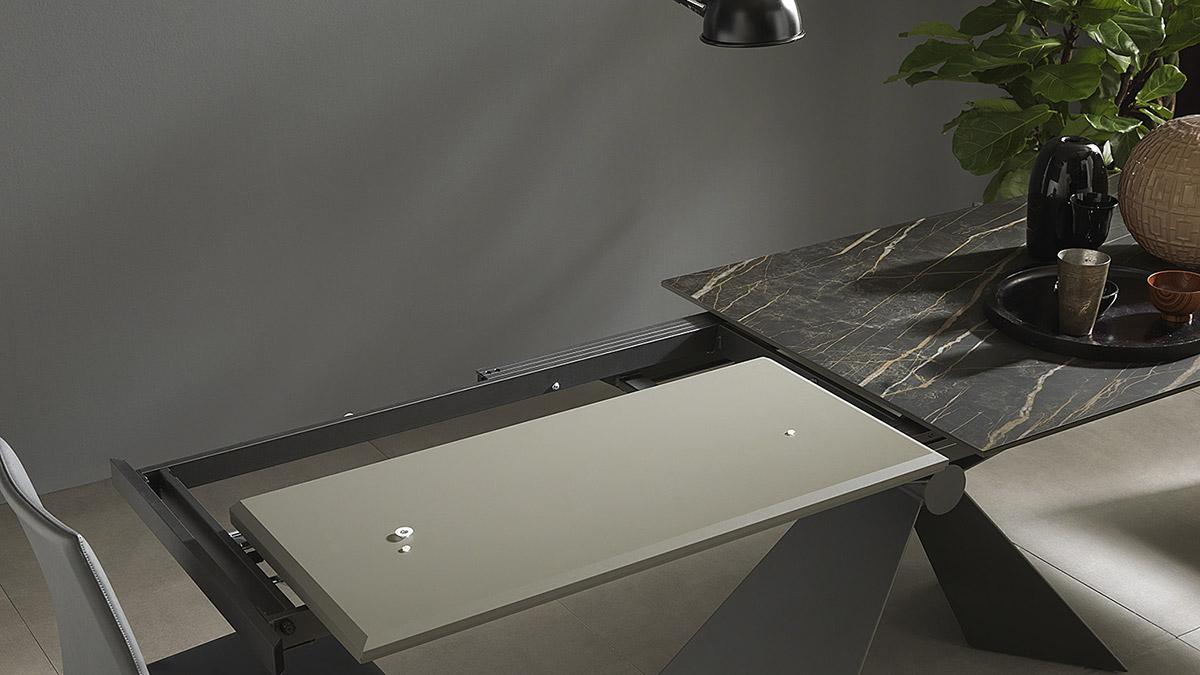 tavolo-allungabile-Sintesi-base-metallo-Altacom-6